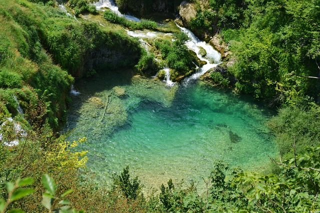 Plitvice Lakes National Park / Sightseeing with children, current routes, ticket prices, travel time / Check it out!