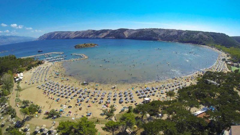 Sandy Paradise Beach in Lopar is ideal place for families with children / Source: croatia.hr