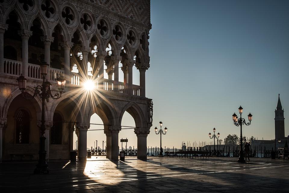 Air temperature in Venice / Spring, summer, autumn, winter.