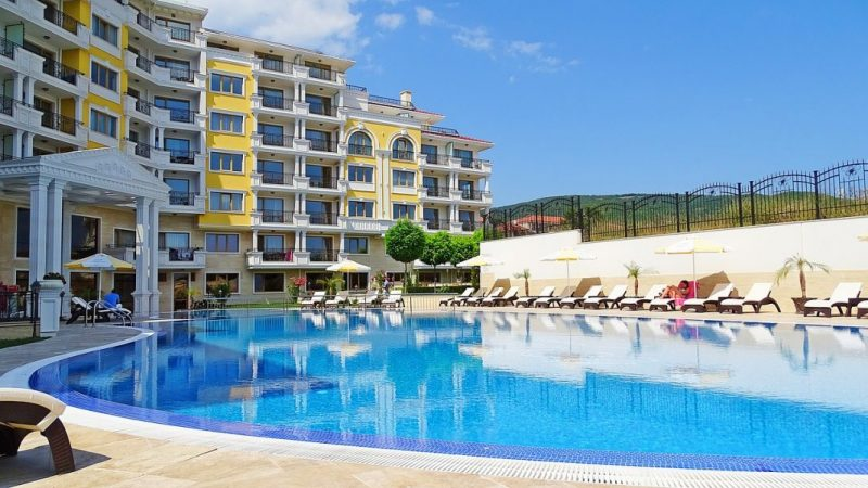 Accommodation in Golden Sands / Apartments, private accommodation, hotels and hostels.