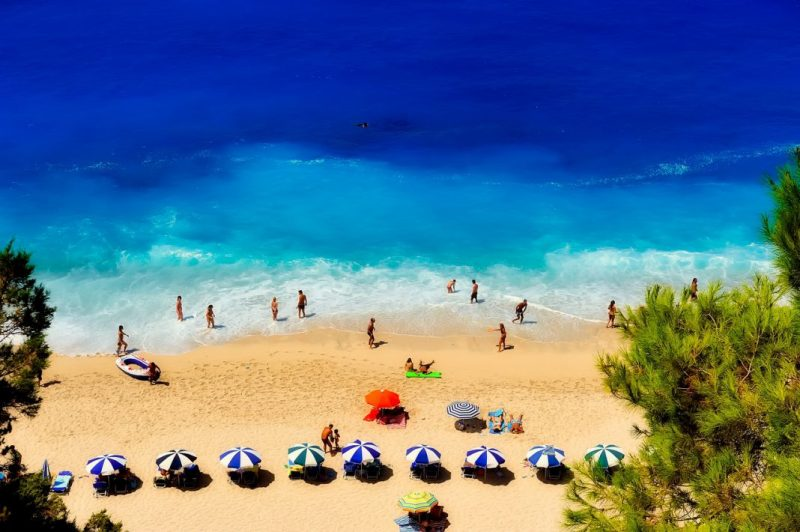 Reviews of the most popular, best and sandy beaches in Greece.