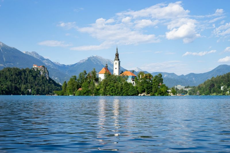 What is the currency of Slovenia? How much money to take to Slovenia? Is it expensive in Slovenia? How to pay in Slovenia?