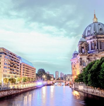 What are the neighborhoods in Berlin?