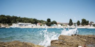 Beaches in Trogir / The most beautiful and popular beaches around Trogir