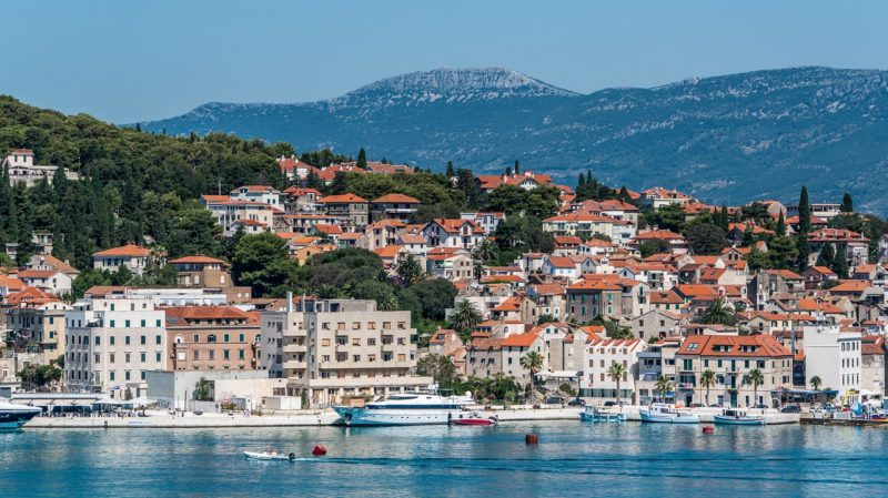 Split / Visiting the city and nearby tourist attractions