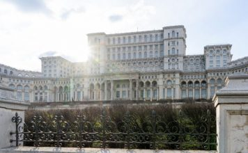 Tourist attractions in Bucharest / Monuments, interesting places - what is worth seeing and visiting in Bucharest.