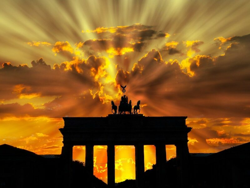 Brandenburg Gate in Berlin / See what interesting places are worth seeing and visiting in Berlin