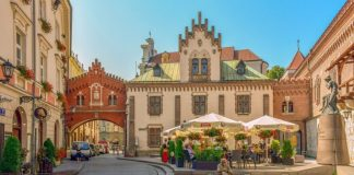 Sightseeing of Krakow / Interesting places, tourist attractions, museums and monuments