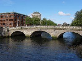 Dublin Bridge by Barcex